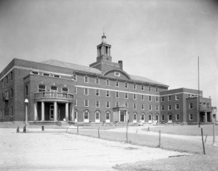 The newly constructed Washington Hospital in 1927